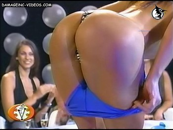 Mara Linari perfect ass model in thong